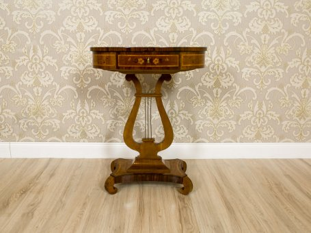 Small Table-Sewing Table in the Lyre-Shaped Type