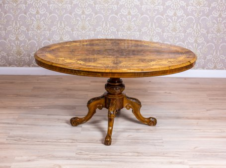 Oval Victorian Table