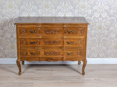 Dresser in the Neo-Rococo Type