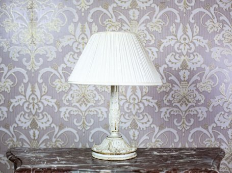 Table Lamp in the Romantic Style