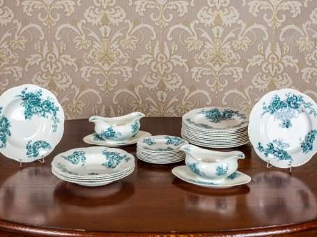 Johnson Brothers Porcelain Set:  the Anemone Series