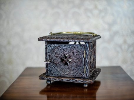 18th-Century Wooden Foot Warmer